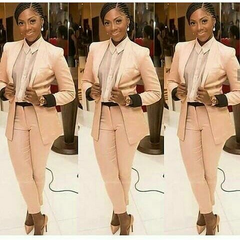 TIWA SAVAGE'S PICTURE CRAZE FOR THE WEEK: Blazing, Weird, Modest or Something else?